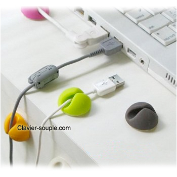attache cable pc bureau